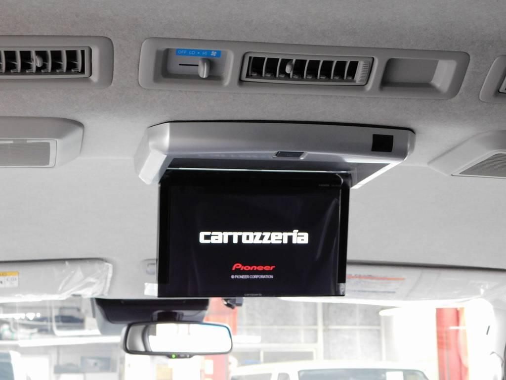 フリップダウンモニターももちろん装着済み♪全席でテレビやDVDを楽しめます♪ | トヨタ ハイエース 2.7 GL ロング ミドルルーフ 4WD アドベンチャーカスタム
