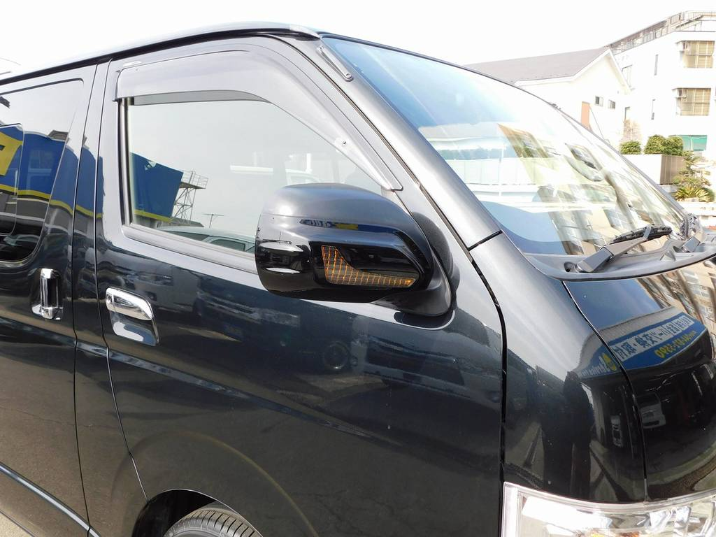 社外のドアウィンカーミラーで雰囲気がガラっと変わっております♪ | トヨタ ハイエースバン 3.0 DX ロング ジャストロー GLパッケージ ディーゼルターボ ナビパッケージ車
