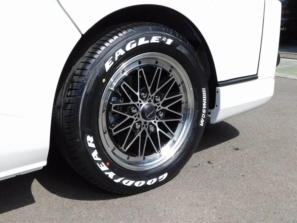 足元をキメるのはWORK製03HC・17インチ!クラシカルなデザインが人気のアルミホイールですよっ♪ | トヨタ ハイエースバン 2.0 スーパーGL ダークプライムⅡ ロングボディ スタイリッシュカスタムパッケージ