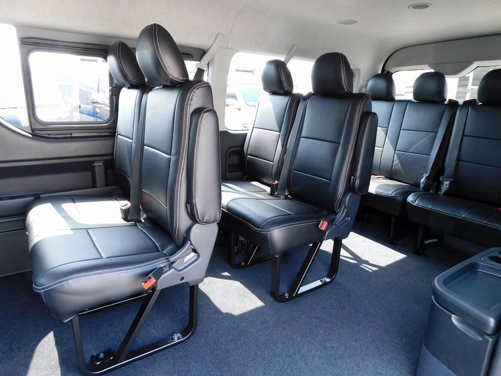 2-2-4のシート配列がドライブを楽しくしてくれますよっ♪マイクロバスのようですねっ!!! | トヨタ ハイエース 2.7 GL ロング ミドルルーフ トリプルモニターカスタム車