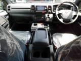 ダークプライムⅡ専用内装で高級感がアップしてますねっ♪座面も高くて見晴らしもグッドですよっ!!!