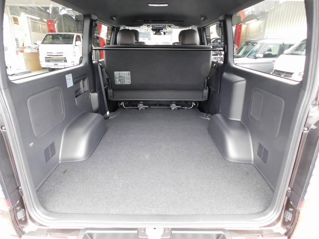 この広大なラゲッジスペースがハイエースの魅力ですねっ♪仕事に遊びに大活躍!!!さぁ何を積んで出掛けますかっ♪ | トヨタ ハイエースバン 2.0 スーパーGL 50TH アニバーサリー リミテッド ロングボディ ナビパッケージ車