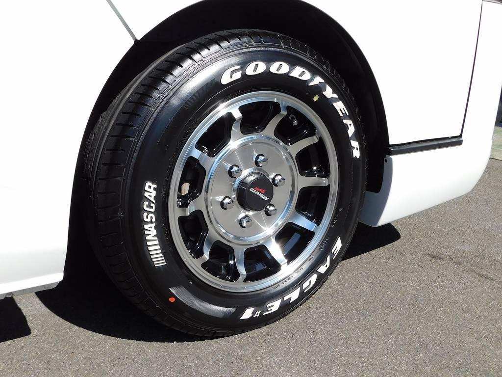 足元をキメるのはホクトレーシング零式16インチアルミホイール♪もちろんタイヤも新品装着!クラシカルなデザインがカッコいいですねっ♪