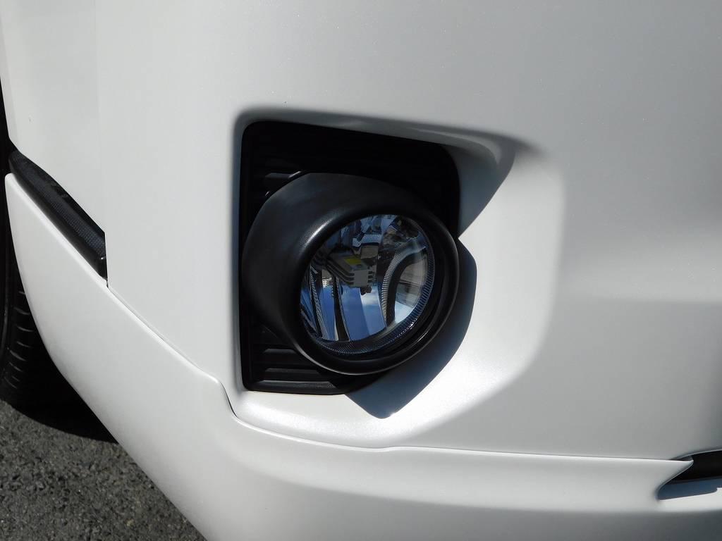 フォグランプもLEDに換装済み!LEDの白い光がLEDヘッドランプとマッチしてます♪