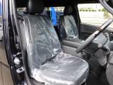 特別仕様車だけのハーフレザーシート♪高級感がノーマル仕様とは違いますねっ!!!