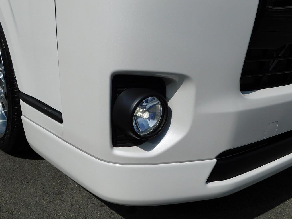 フォグランプはLEDに換装済みです!明るい光が夜でも明るく照らしてくれますよっ♪