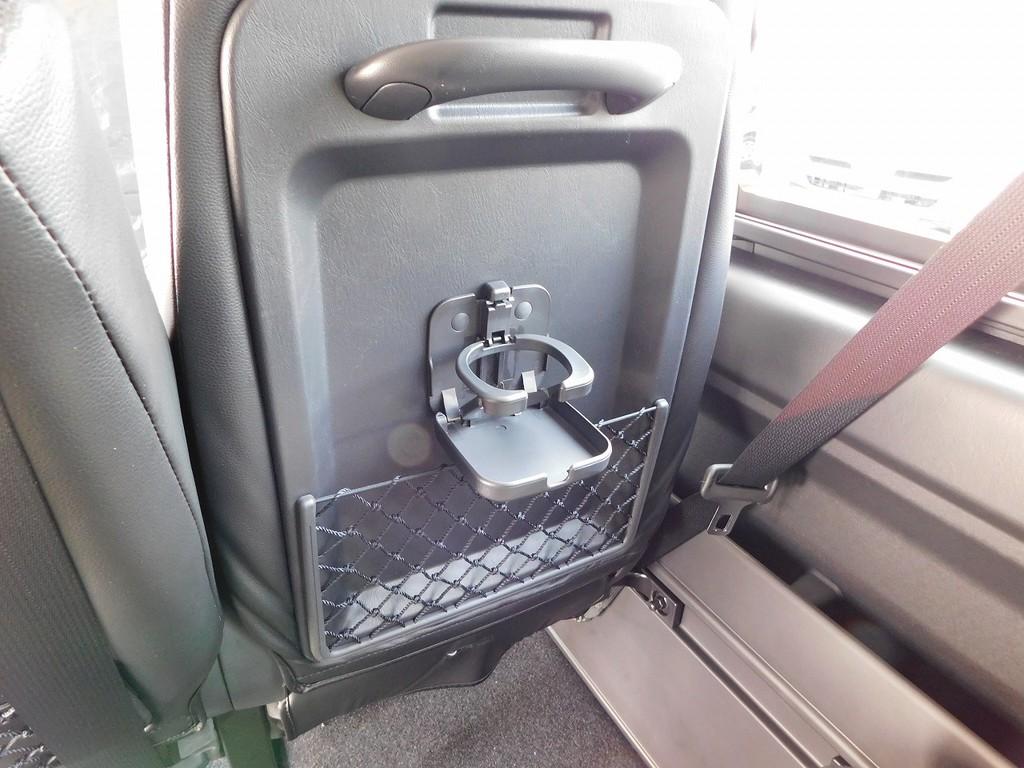 ドリンクホルダーもバスに乗っているみたいで楽しいですよっ♪