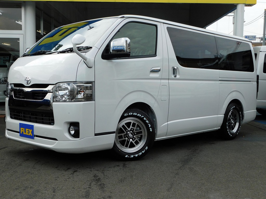 新車6型ライトカスタム車完成致しました♪シンプルながらしっかり個性を主張♪純白のカスタムいかかでしょうか!!!