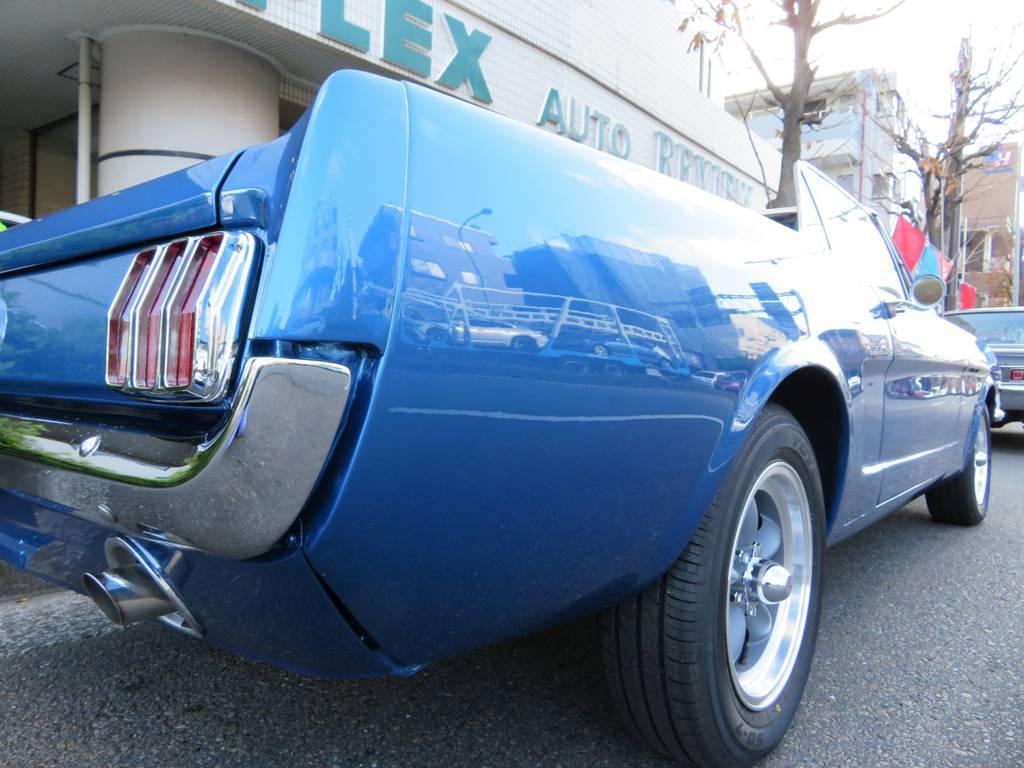 | フォード マスタングコンバーチブル リビルト302エンジン搭載