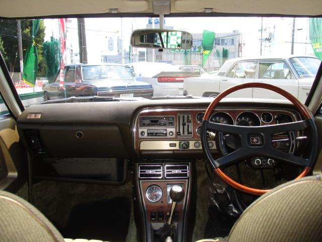 | トヨタ マークII 2ドアハードトップ 2000LG 5速