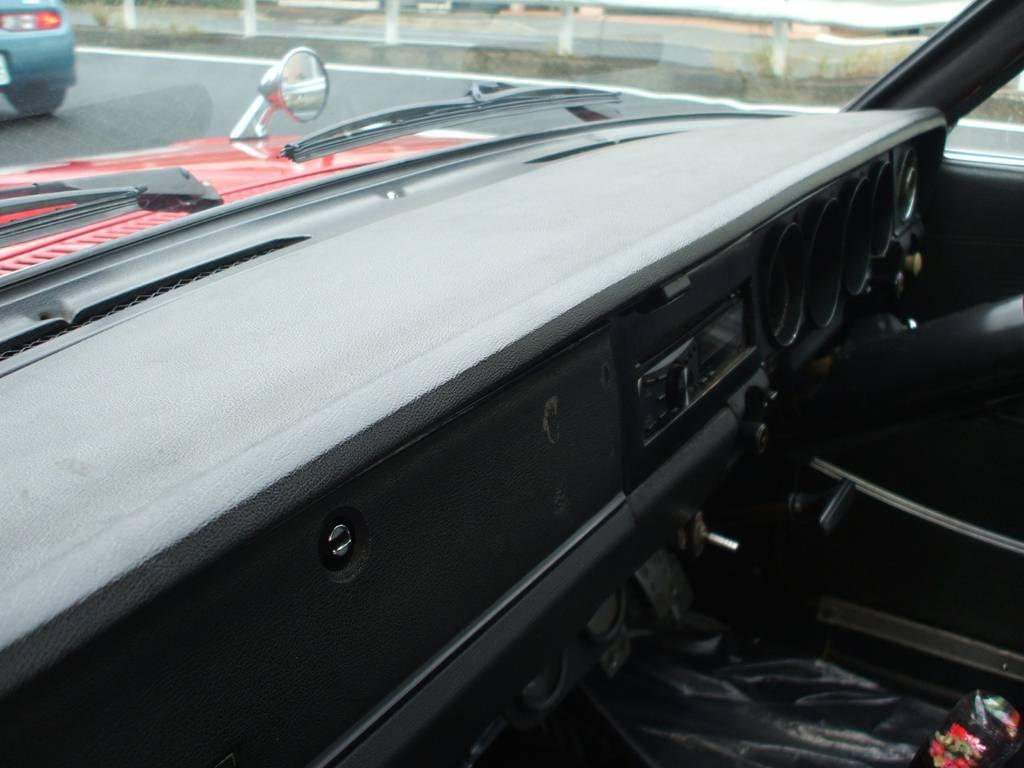 | 日産 ブルーバード4ドア 1600DX改 L18換装公認