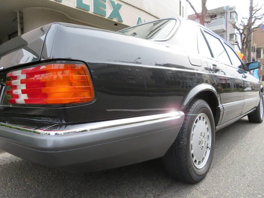 | メルセデス・ベンツ Sクラス 560SEL