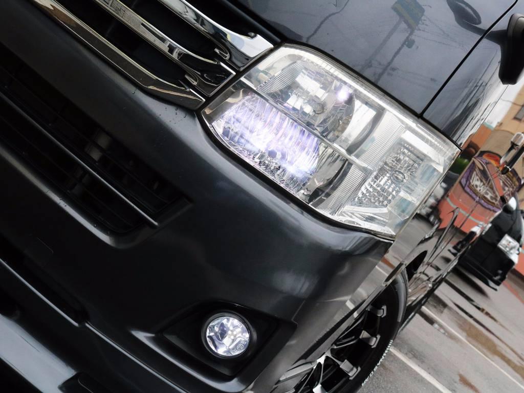 メーカーオプション「HIDヘッドライト」!夜間走行も安心です!