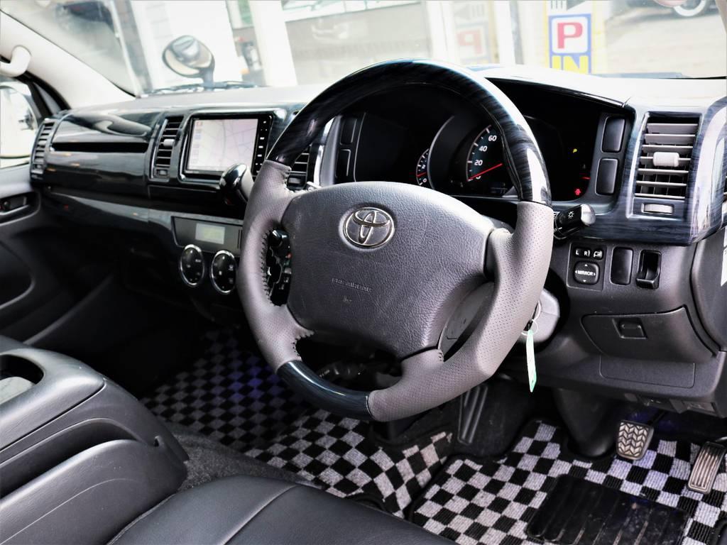 新品黒木目ステアリング、シフトノブ、パネルセット♪ | トヨタ レジアスエース 3.0 スーパーGL ロングボディ ディーゼルターボ 4WD