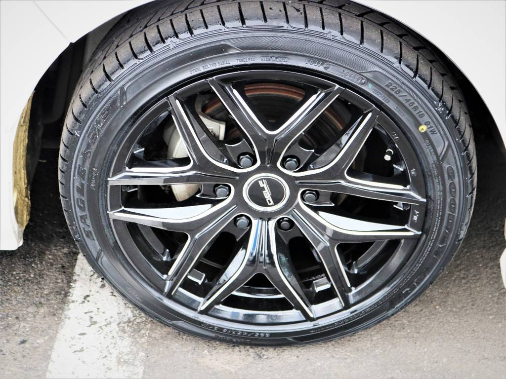 デルフ01ブラックミーリング18インチアルミホイール、国産タイヤ、グットイヤー!