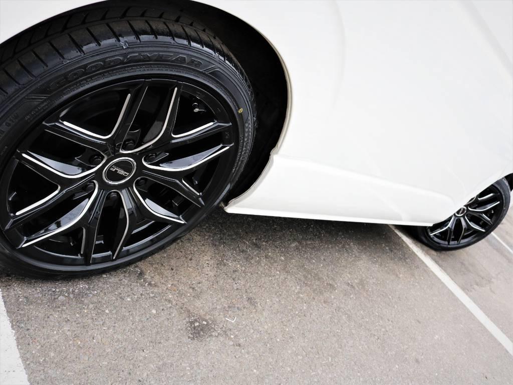 足元バッチリ決まっております♪ | トヨタ ハイエース 2.7 GL ロング ミドルルーフ シートレック