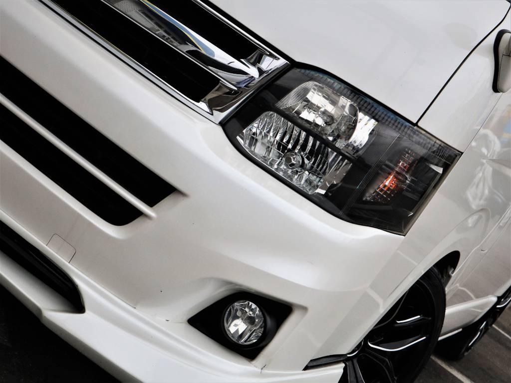 HIDヘッドライト、インナーブラック♪夜間走行も安心です! | トヨタ ハイエース 2.7 GL ロング ミドルルーフ シートレック