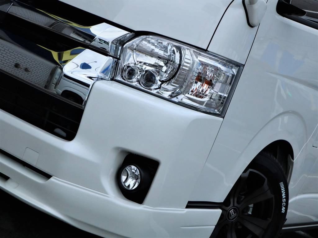 夜間走行に便利なメーカーオプション「LEDヘッドライト」! | トヨタ ハイエース 2.7 GL ロング ミドルルーフ 4WD ライトカスタム 新型