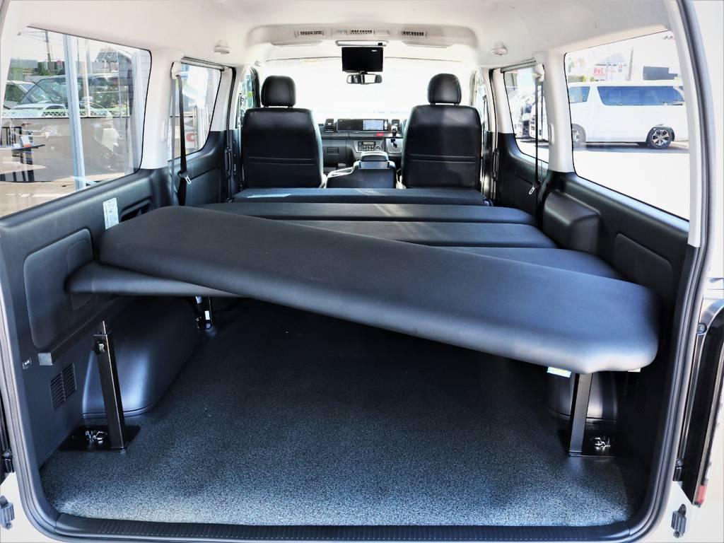 FLEXオリジナル4分割ベッドキット!取り外し可能です! | トヨタ ハイエースバン 2.8 スーパーGL ワイド ロング ミドルルーフ ディーゼルターボ 特別仕様車ダークプライム 新型