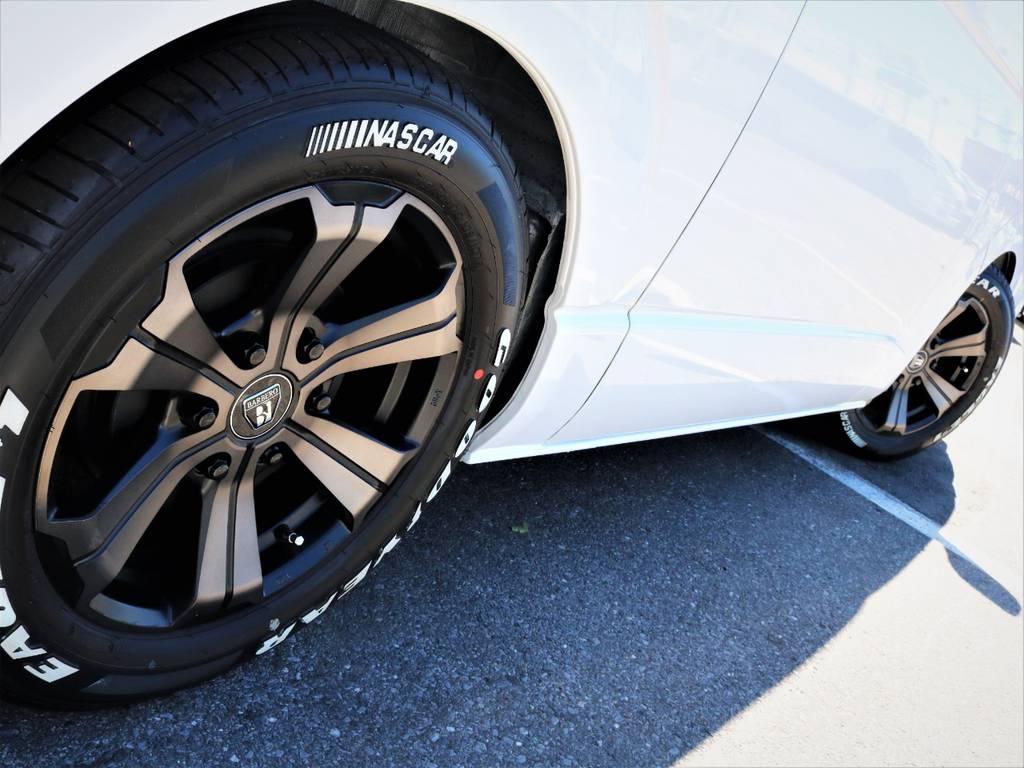 足元バッチリ決まっております! | トヨタ ハイエースバン 2.8 スーパーGL ワイド ロング ミドルルーフ ディーゼルターボ 特別仕様車ダークプライム 新型