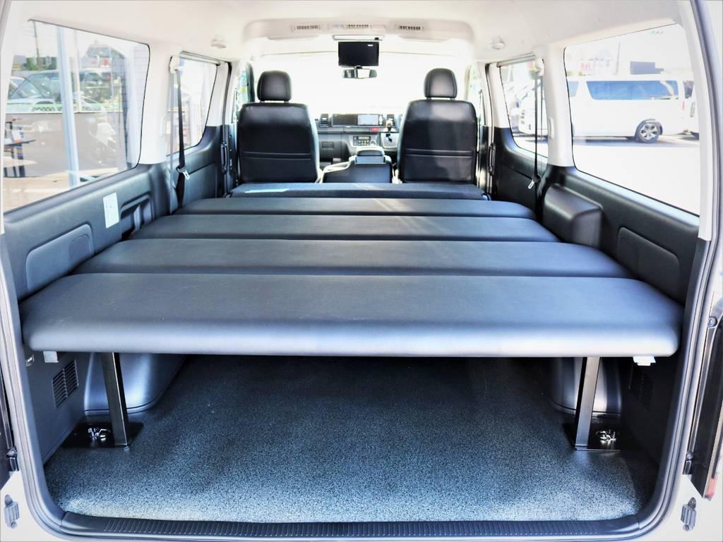 収納広々御座います。就寝スペース広々御座います! | トヨタ ハイエースバン 2.8 スーパーGL ワイド ロング ミドルルーフ ディーゼルターボ 特別仕様車ダークプライム 新型