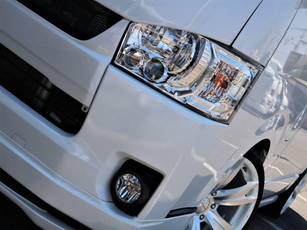 夜間走行に安心のメーカーオプション「LEDヘッドライト」!
