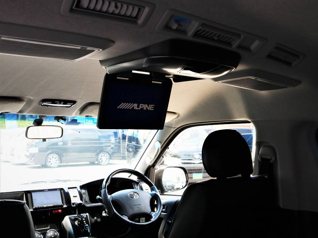 アルパイン製フリップダウンモニター! | トヨタ ハイエース 2.7 GL ロング ミドルルーフ キャプテンシート ベッド
