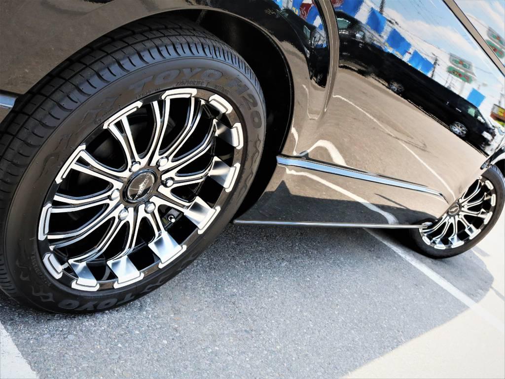 足元バッチリきまっております! | トヨタ ハイエース 2.7 GL ロング ミドルルーフ キャプテンシート ベッド