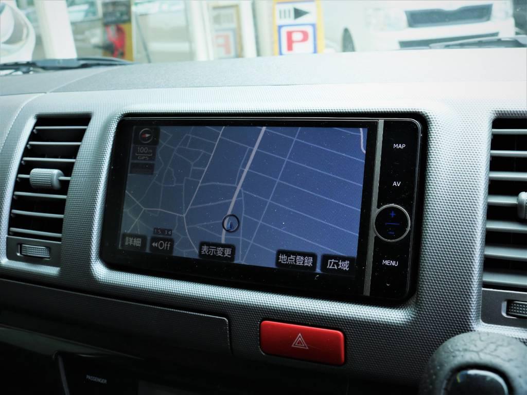 純正HDDナビ、フルセグTV、DVD再生可能です!   トヨタ ハイエースバン 3.0 スーパーGL ロング ディーゼルターボ 4WD ベッドキット