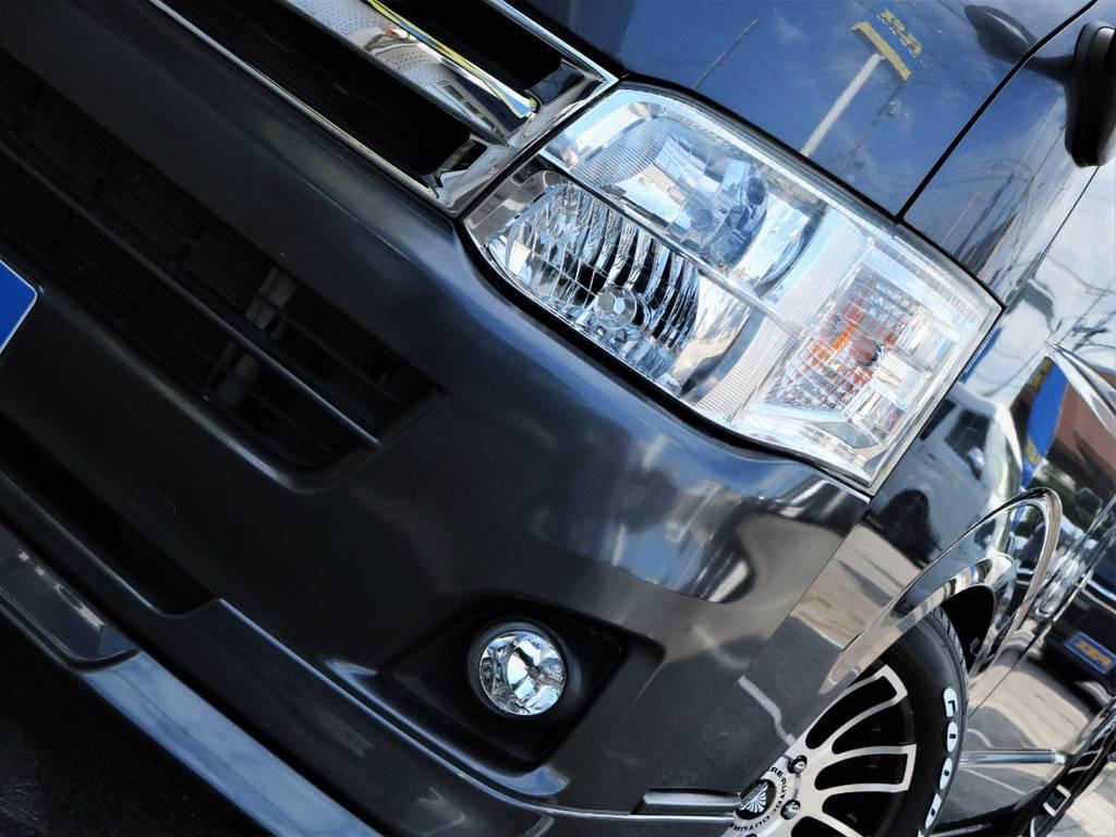 夜間走行に大変便利な「HIDヘッドライト」! | トヨタ ハイエースバン 3.0 マルチロールトランスポーター タイプⅡ ロング ディーゼルターボ ベッドキット 専用フロア