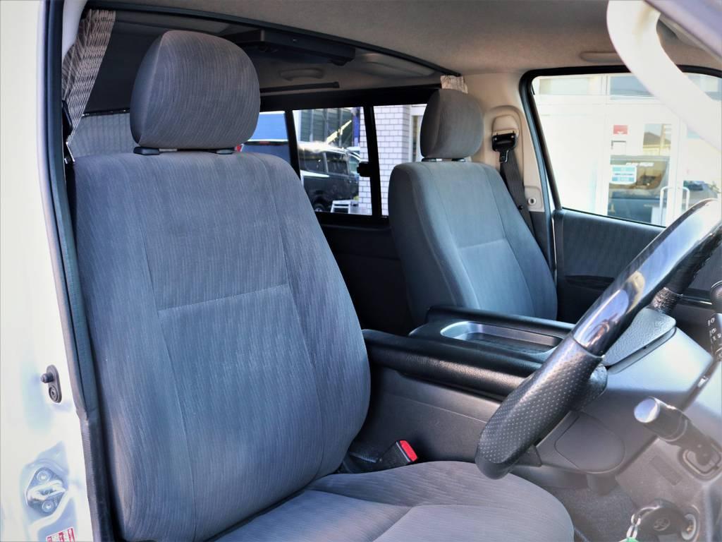 運転席シート! | トヨタ ハイエースバン 2.0 スーパーGL ロング エースキット 5ナンバー 8人乗り