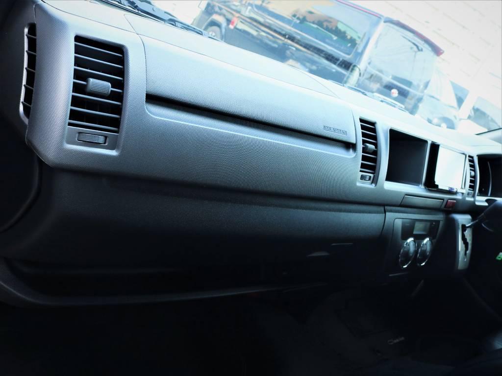 助手席エアバック、AC100V電源! | トヨタ レジアスエース 2.7 スーパーGL ワイド ミドルルーフ ロングボディ 4WD ベッドキットパッケージ