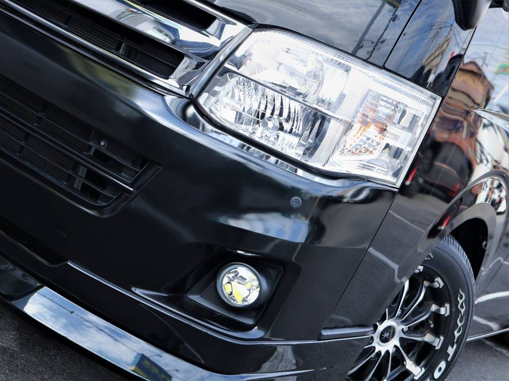 夜間走行に便利なHIDヘッドライト! | トヨタ レジアスエース 2.7 スーパーGL ワイド ミドルルーフ ロングボディ 4WD ベッドキットパッケージ