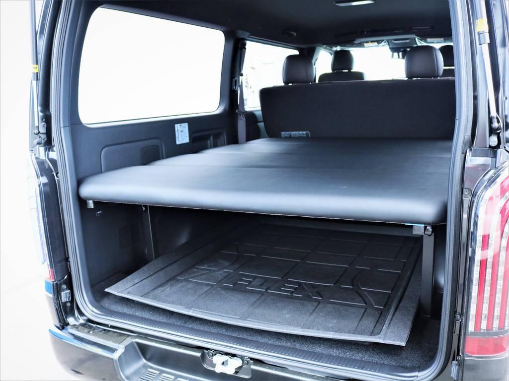 ベッドキット下には収納スペース御座います! | トヨタ ハイエースバン 2.8 スーパーGL 50TH アニバーサリー リミテッド ロングボディ ディーゼルターボ ベッドキット