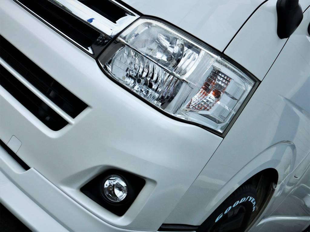 夜間走行に便利なHIDヘッドライト! | トヨタ ハイエースバン 3.0 スーパーGL ロング ディーゼルターボ 4WD 買取直販