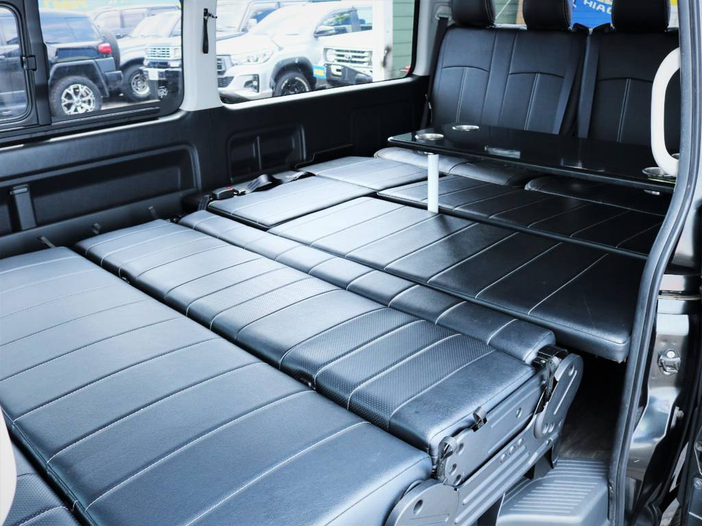 ベッドキット、サイドテーブル付き! | トヨタ ハイエース 2.7 GL ロング ミドルルーフ 内装アレンジ