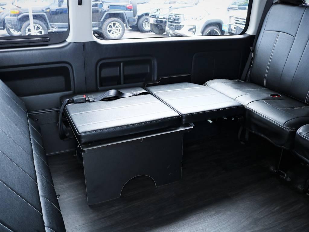 横座りシート! | トヨタ ハイエース 2.7 GL ロング ミドルルーフ 内装アレンジ
