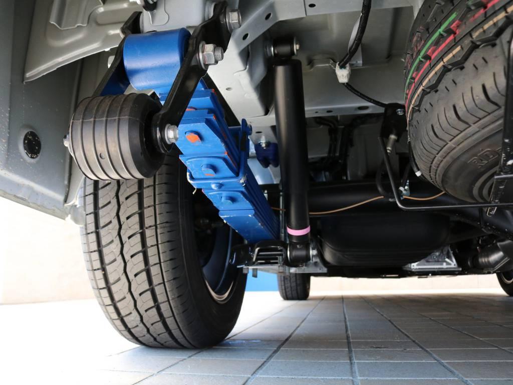 FLEXオリジナル 2インチダウンリーフ♪見た目だけではなく、乗り心地も重視しております♪ | トヨタ ハイエース 2.7 GL ロング ミドルルーフ TSS付Ver2テーブル付 試乗車