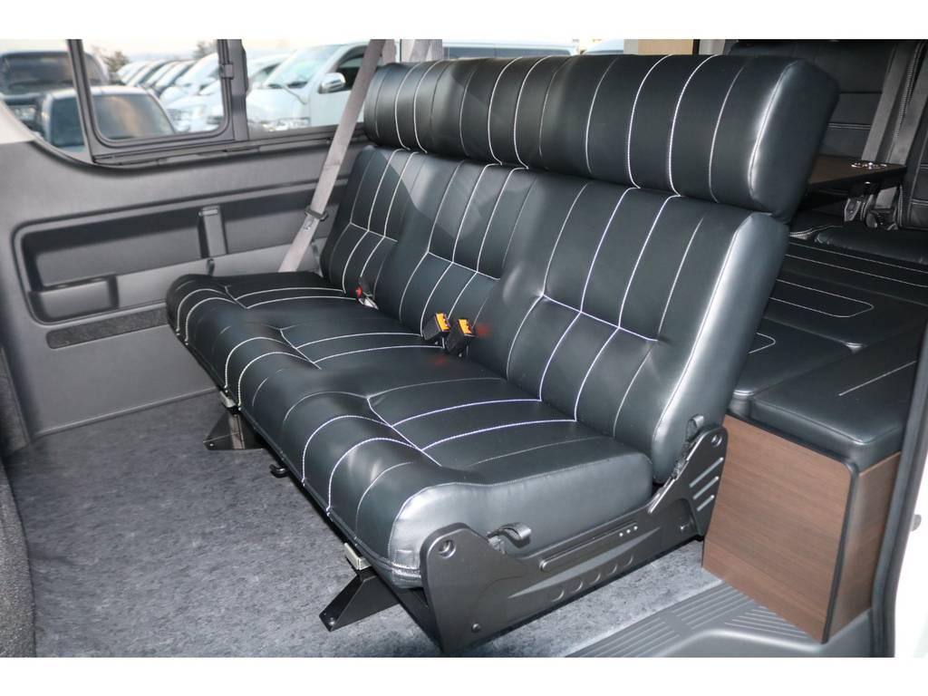 前後スライド可能♪ | トヨタ ハイエース 2.7 GL ロング ミドルルーフ 4WD TSS寒冷地付アレンジAS