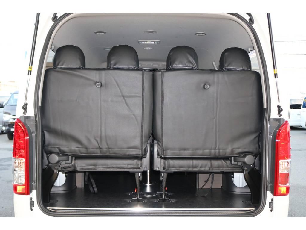 4列目シートは跳ね上げ可能♪ | トヨタ ハイエース 2.7 GL ロング ミドルルーフ 4WD TSS寒冷地付アレンジAS