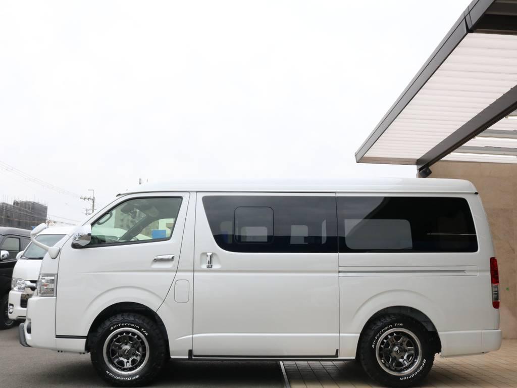 両側スライド&嬉しい小窓付き♪ | トヨタ ハイエースバン 2.7 スーパーGL ダークプライムⅡ ワイド ミドルルーフ ロングボディ 4WD アクティブPKG