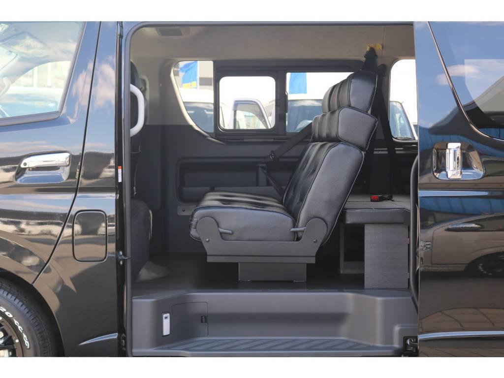 2列目3人掛けREVOシート搭載♪ | トヨタ ハイエース 2.7 GL ロング ミドルルーフ 4WD TSS付