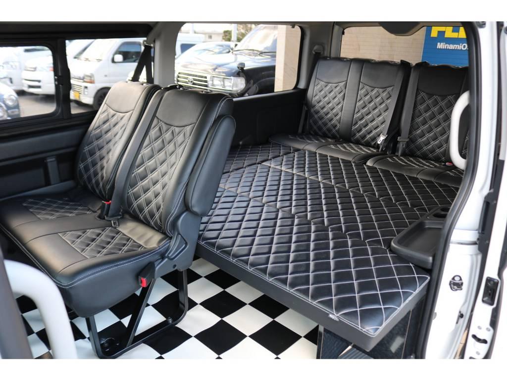 キルティングベッドキット装備で車中泊もOK♪   トヨタ ハイエース 2.7 GL ロング ミドルルーフ