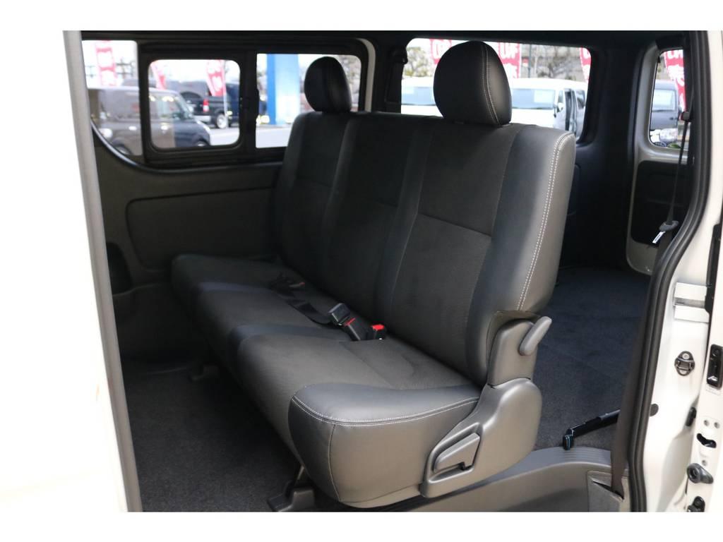 3人掛けセカンドシート♪   トヨタ ハイエースバン 2.0 スーパーGL ダークプライムⅡ ロングボディ