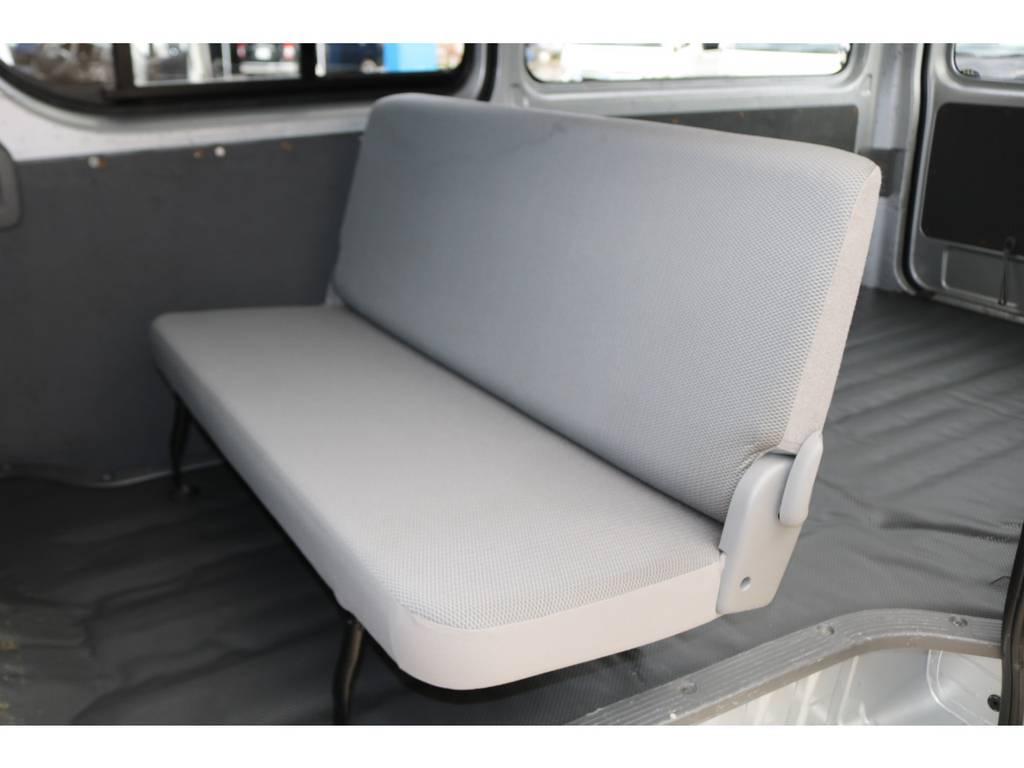 シートカバーなどのお取り付けも可能です♪ | トヨタ ハイエースバン 2.0 DX ロング