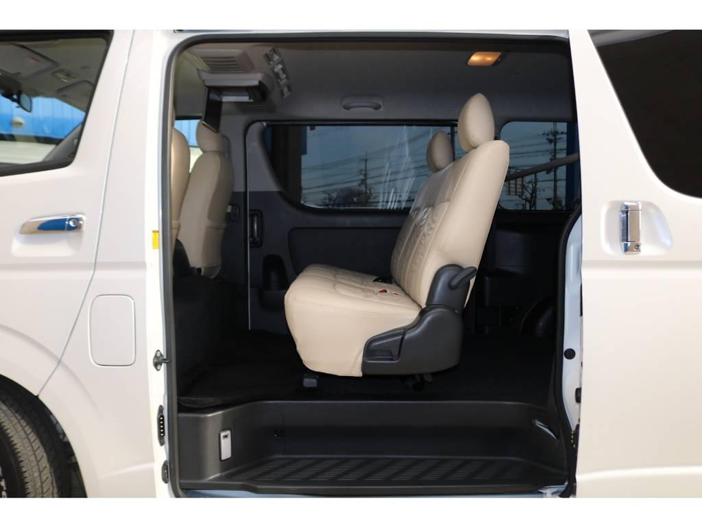 3人掛けセカンドシート♪ | トヨタ レジアスエース 2.0 スーパーGL プライムセレクション ロングボディ