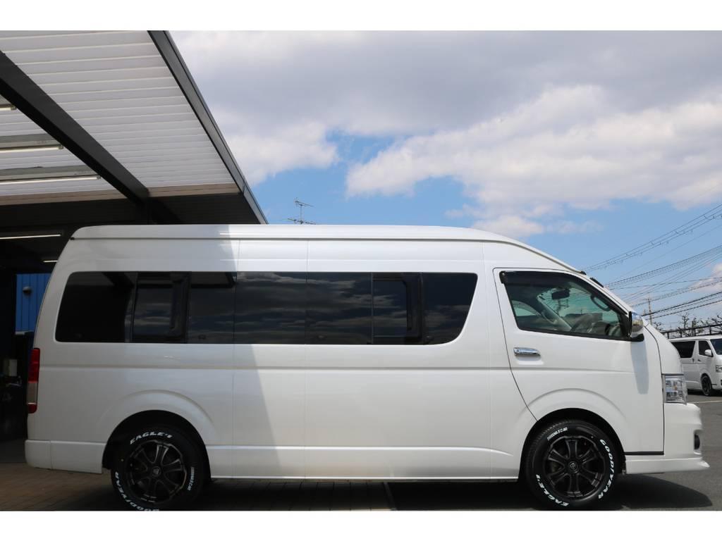 プライベート&送迎車としてもお使い頂ける様にノーマル車高にさせて頂いております♪ | トヨタ ハイエース 2.7 グランドキャビン 4WD