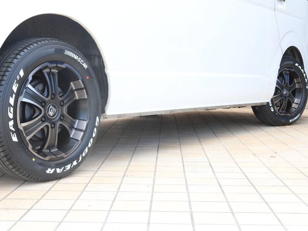 新品FLEXバルベロ ディープス17インチAW&新品ナスカータイヤ♪ | トヨタ ハイエース 2.7 グランドキャビン 4WD