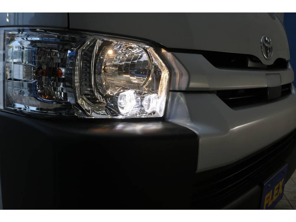 純正LEDヘッドライト♪ | トヨタ ハイエースコミューター 2.8 GL ディーゼルターボ