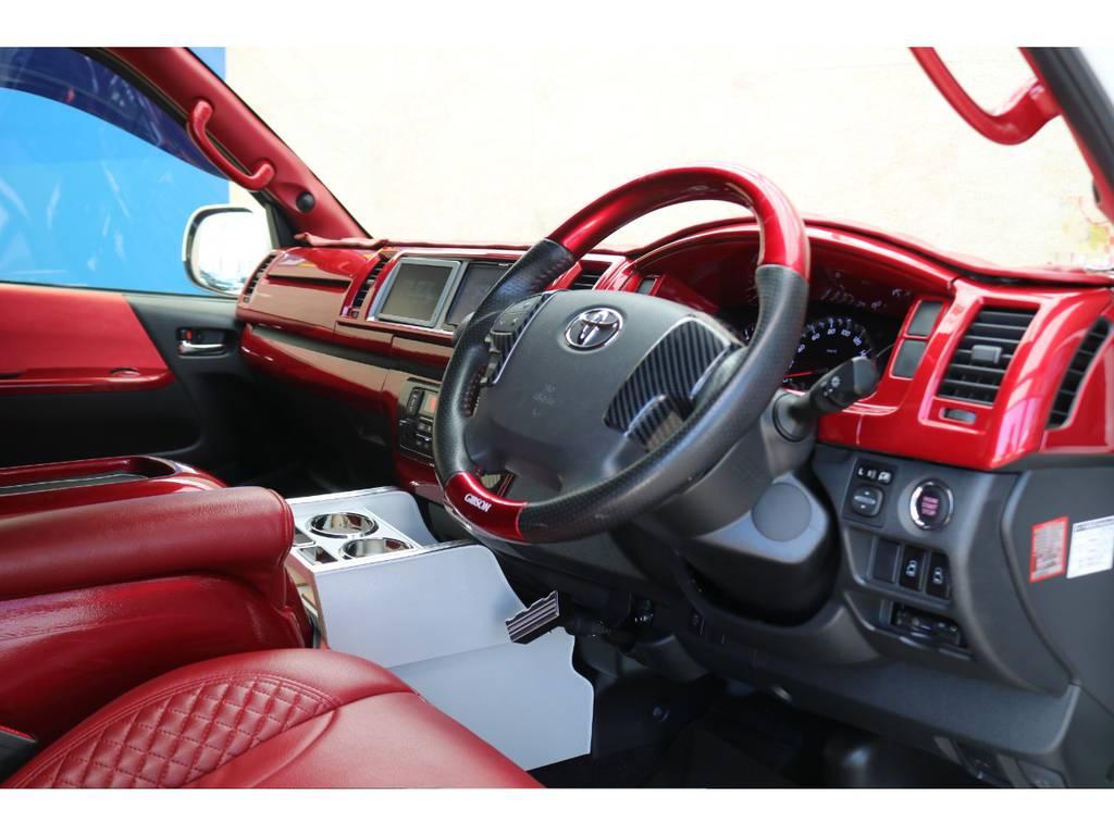 キャンディーレッドコンビハンドル♪ | トヨタ ハイエースバン 2.7 スーパーGL ワイド ロング ミドルルーフ 4WD GIBSONフルエアロ